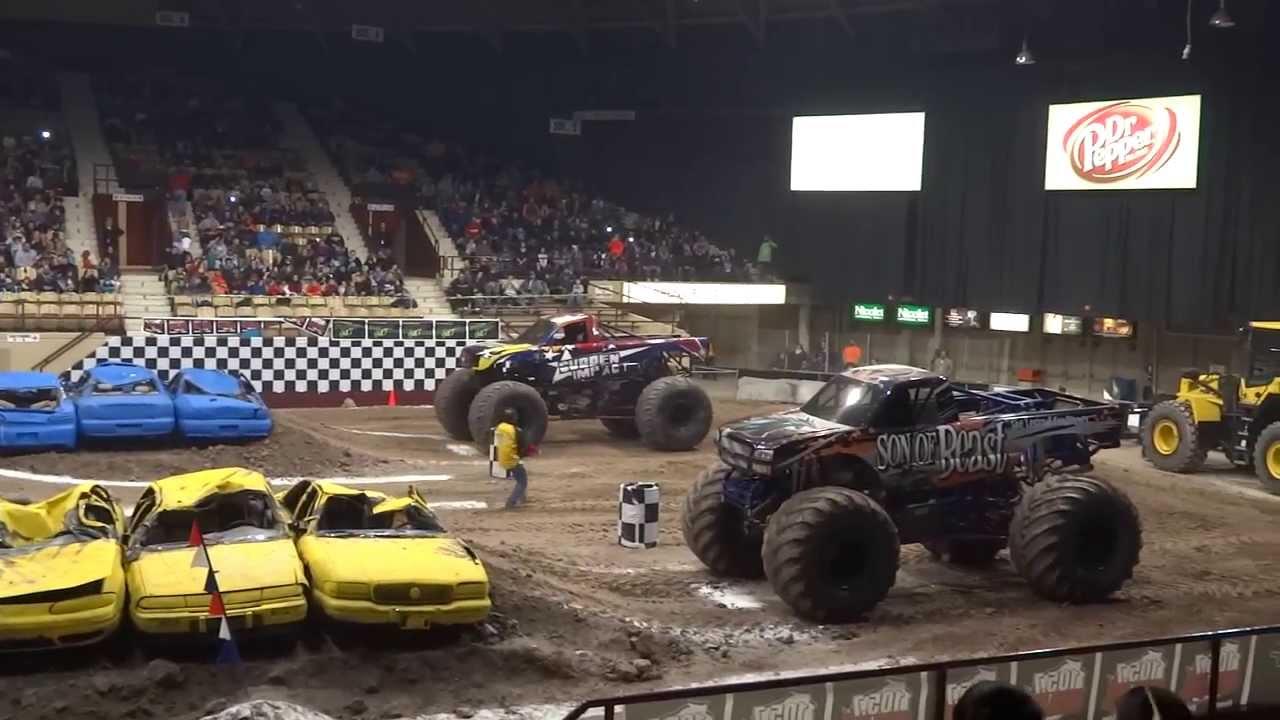 Monster Trucks Xl Tour Green Bay Wi February 8 2014 Youtube
