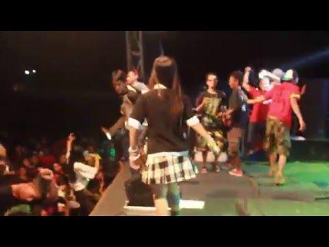Lagu Tanjung Perak Versi NONNA 3IN1 Live In Stadion Ahmad Yani Jajag