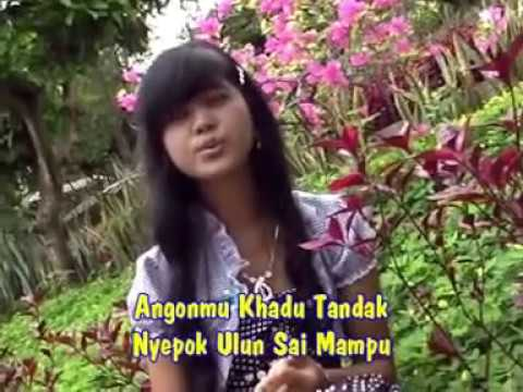 Ditinggal Kakhindu ~ #Septi_Anggraini (Official Music Lyric) Dangdut Lampung