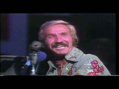 Marty Robbins   Love Me