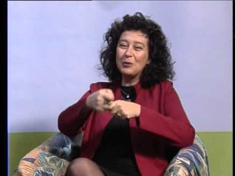 Intervista On. Serena Pellegrino: referendum trivelle, acqua, mamma ...