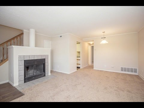 Peppertree Apartments In Lawrence Kansas - Peppertreeaptsks.com - 3BD 2BA Townhouse For Rent