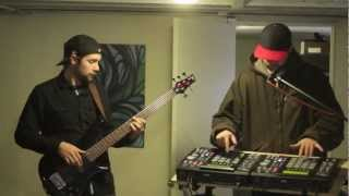 """BEN DURAZZO """"CATACOMBS"""" FT. ALEX RIDDLE (LIVE BASS & DUAL MPC)"""