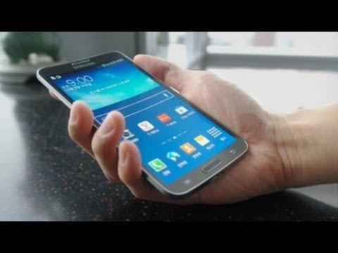 Samsung Galaxy ROUND: First Impressions