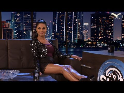 Meet Veena Malik : Longer & Deeper