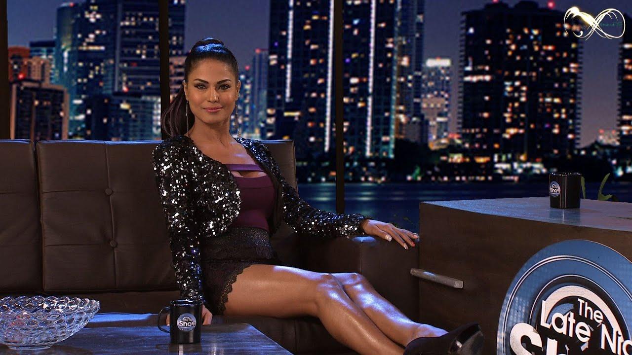 Download Meet Veena Malik : Longer & Deeper