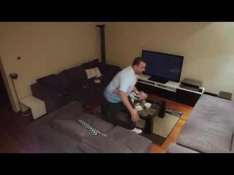 Un supporter turc devient fou devant sa télévision