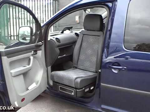 Dtran Excellent rotating car seat  fitted to a VW Caddy Max