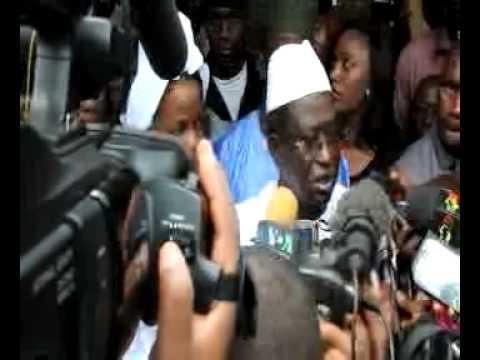 2nd Tour Mali 2013: Soumaila Cissé au bureau de vote numéro 25 de l´école Fondamentale Mamadou Gondo