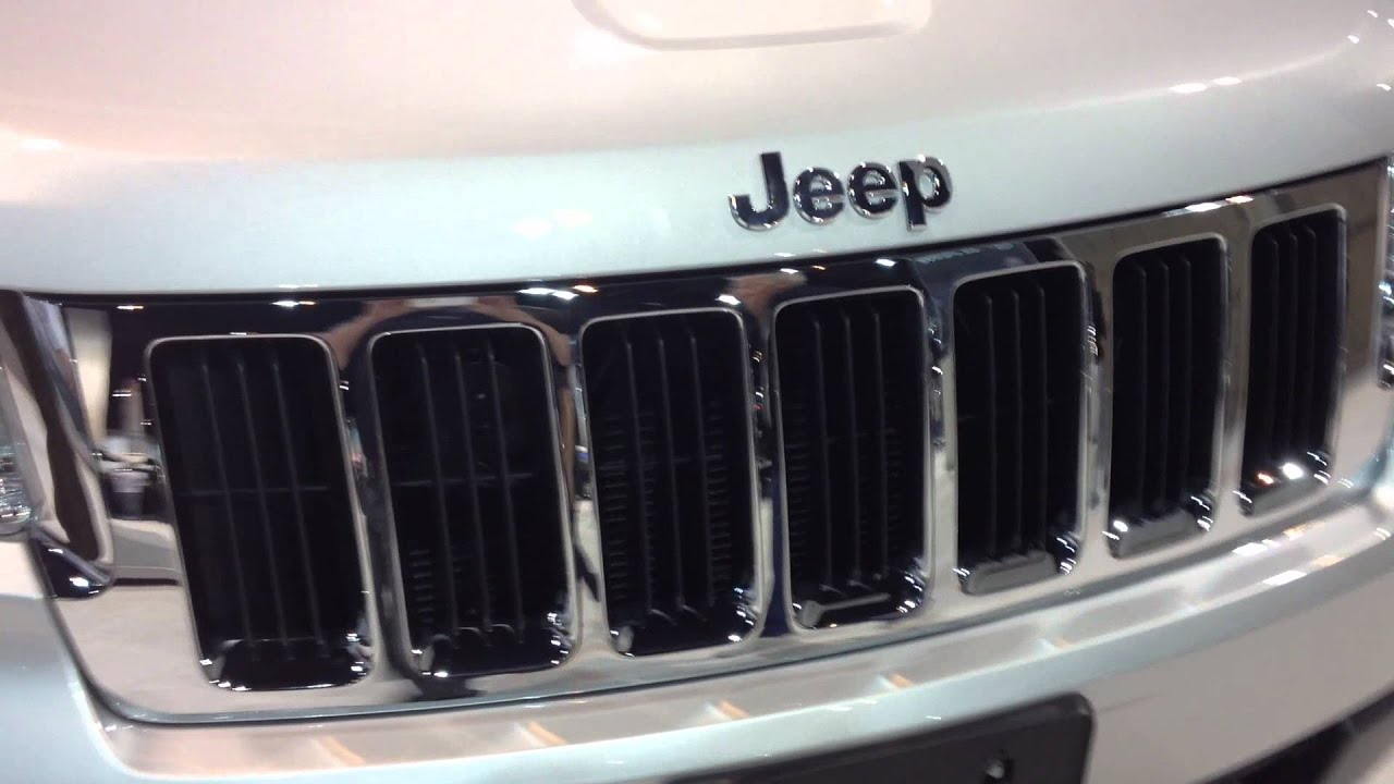 2012 jeep grand cherokee grill youtube. Black Bedroom Furniture Sets. Home Design Ideas