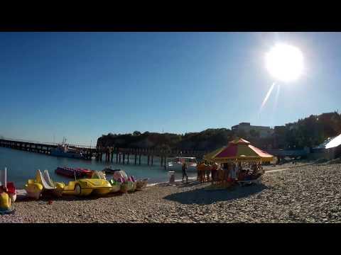 Голубая бухта. Пляж 5 июля.