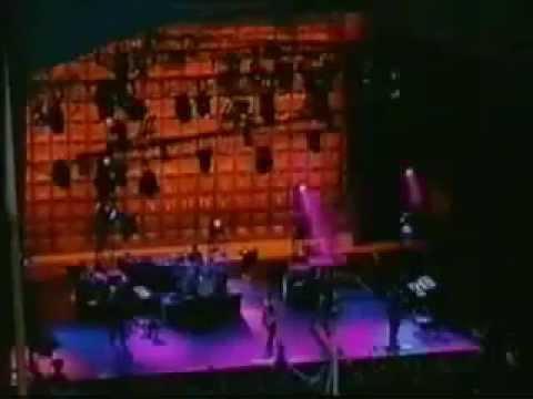 Garbage   Version 2.0.World Tour Live in Scotland 1998 full concert