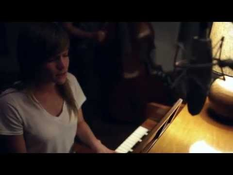 Miranda Dodson - Try Again  [OFFICIAL VIDEO]