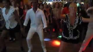 Stine Ortvad and Cuban Moves - Cuban Reggaeton, Salsa and Afro animation