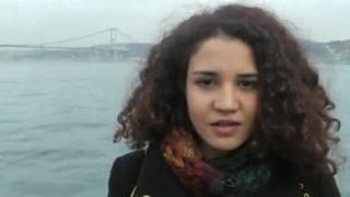 Стамбульские студенты прочитали стихи с извинениями перед Россией