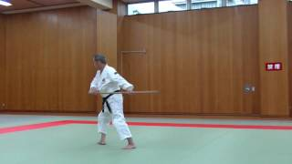 棒友会 J107 杖術 諸手斬上-延突 前進 bo-yu-kai J107 JO Upward Sweeing - Extend Thrust (Both Hand)