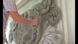 Building House With Amazing Construction Workers - Impressive House Walls Decor