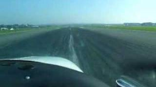 landing a beech duchess 76 at exeter 08