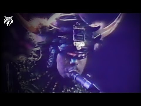 Afrika Bamabaataa & The Soulsonic Force - Planet Rock (Official Music Video)