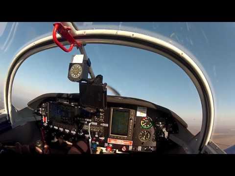 RV-7 немного пилотажа.