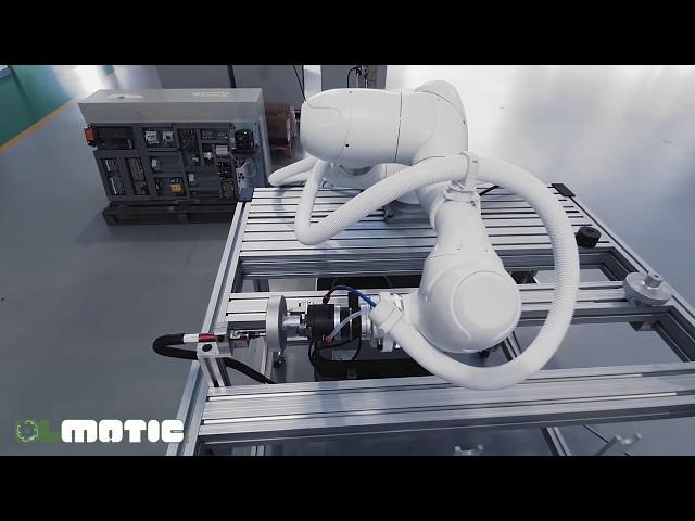 Postazione di lucidatura/pulitura semi-automatica by Olamtic Srl and Homberger Spa