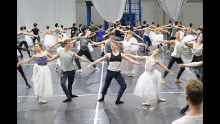 Cinderella in-the-round: In Rehearsals | English National Ballet