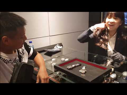 LIOW : At Tudor Boutique buying Sport watch 帝舵表专买店