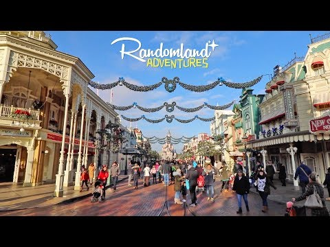 Disneyland Paris! Christmas Small World, Big Thunder, & More!