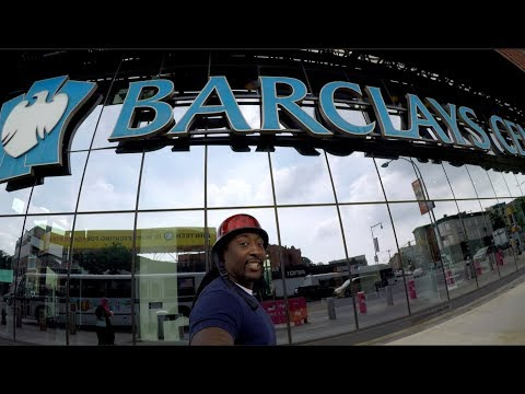 MY LAST DAY WORKING SECURITY AT THE BARCLAYS CENTER ALMOST CRYED/ POOL AND BASKETBALL !!!!!.....