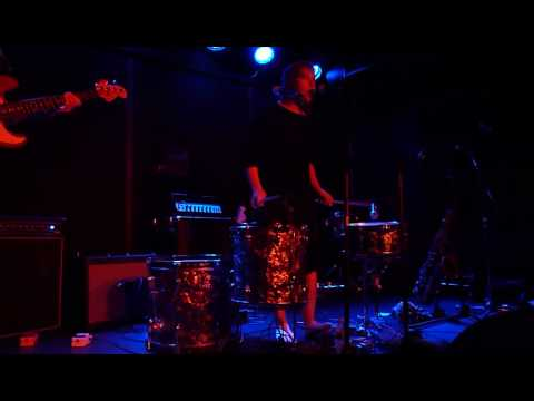 Tune-Yards - Party Can [Do You Wanna Live?] (The Rock Shop, 8.2.2010)