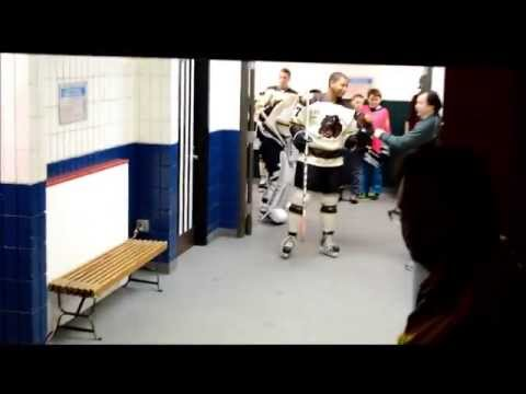Brown Bears vs Wenatchee Wild, Bears Entrance