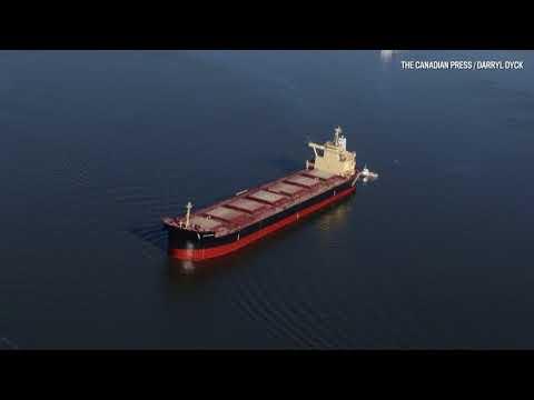 Officials respond to Burrard inlet oil spill