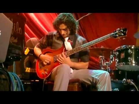 "Diego Amador Trio ""Solea del Churri"" (Julian Heredia bass solo intro) al Ueffilo Jazz Club"