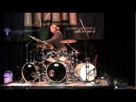 Morgan Ågren plays Special Defects medley in Helsinki (Part 2)