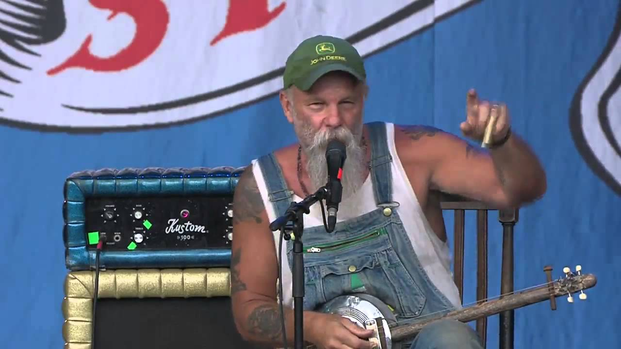 Seasick Steve Air Cleaner : Seasick steve ford air filter box youtube