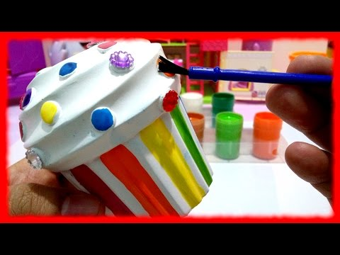 Decorating Cupcake COIN BANK from Melissa & Doug LEARN RAINBOW COLORS ♥ Toys World Video
