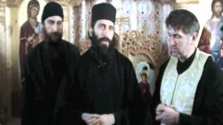 Repeat youtube video Preoti de la Muntele Athos la Mosuni [2]