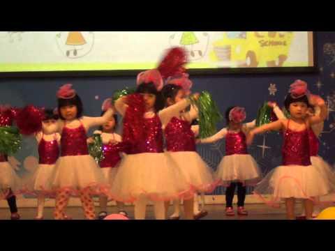 Múa hát:Nhà mình rất vui - Lớp mẫu giáo bé - Mầm non Ban Mai