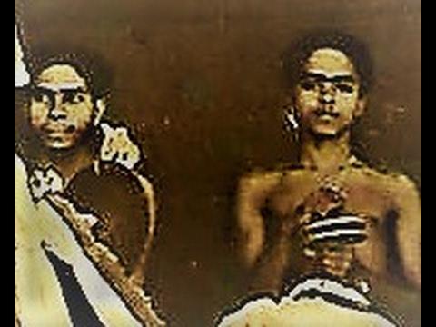 'Navabhava..' Raga Hindolam, Kalamandalam Gangadharan &  Matambi Subrahmanian Namboothiri