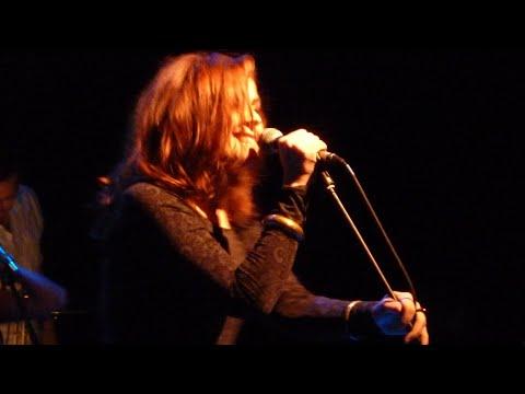Alison Moyet - Walking Down Madison - A Tribute To Kirsty MacColl 10/10/2010