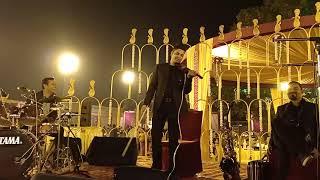 Mile ho tum humko live on violin by INDIAN VIOLINIST ZAKIR HUSEN KHAN