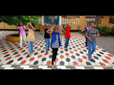 Girls fusion mix dance - Hindi + old Malayalam remix songs 2017