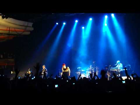 "My Chemical Romance - ""Our Lady of Sorrows"" (Live in Los Angeles 5-28-11)"