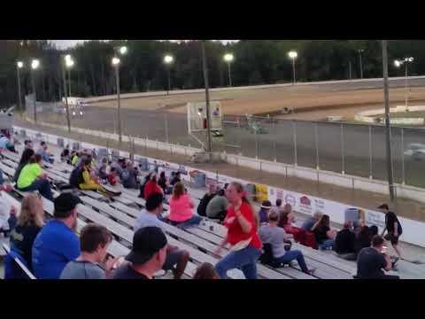 Ryan Quackenbush Bridgeport speedway Heat 1 Oct 7, 2017