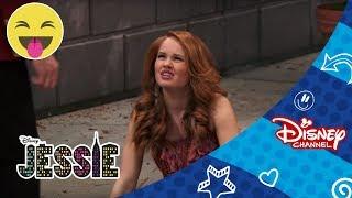 Světla, kamera, jedem!   69. díl   Jessie   Disney Channel Česká Republika