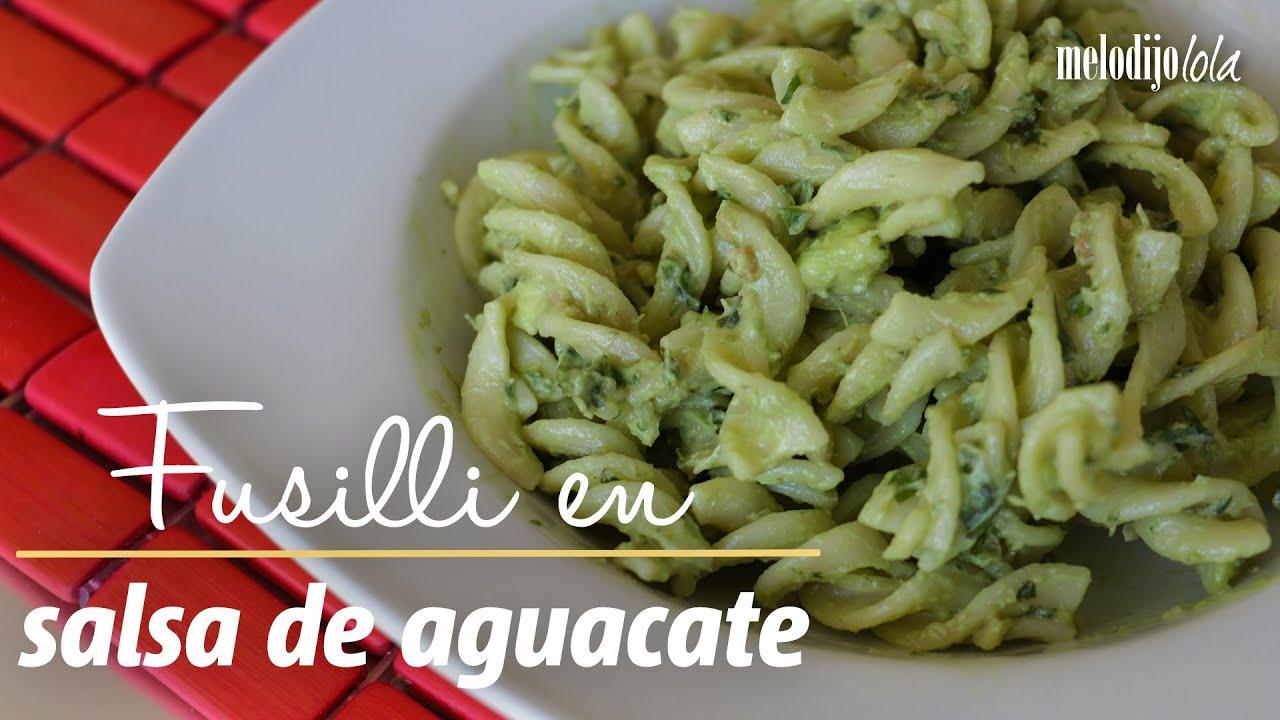 C mo hacer fusilli en salsa de aguacate pasta f cil y - Como hacer espaguetis al pesto ...