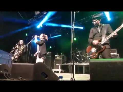 Punk Rock Karaoke - Blitzkrieg Bop (Live at Amnesia Rockfest)