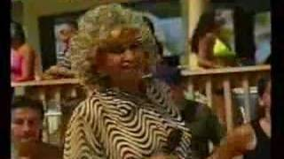 Salsa  Video - Celia Cruz - La Vida Es Un Carnaval