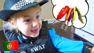 Canção de Policial | Música Infantis | Сhildren Song with Five Kids