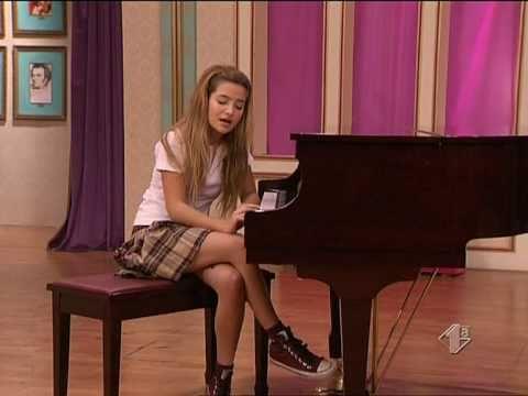 Antonella canta a cappella Porque a mi Patito feo 2